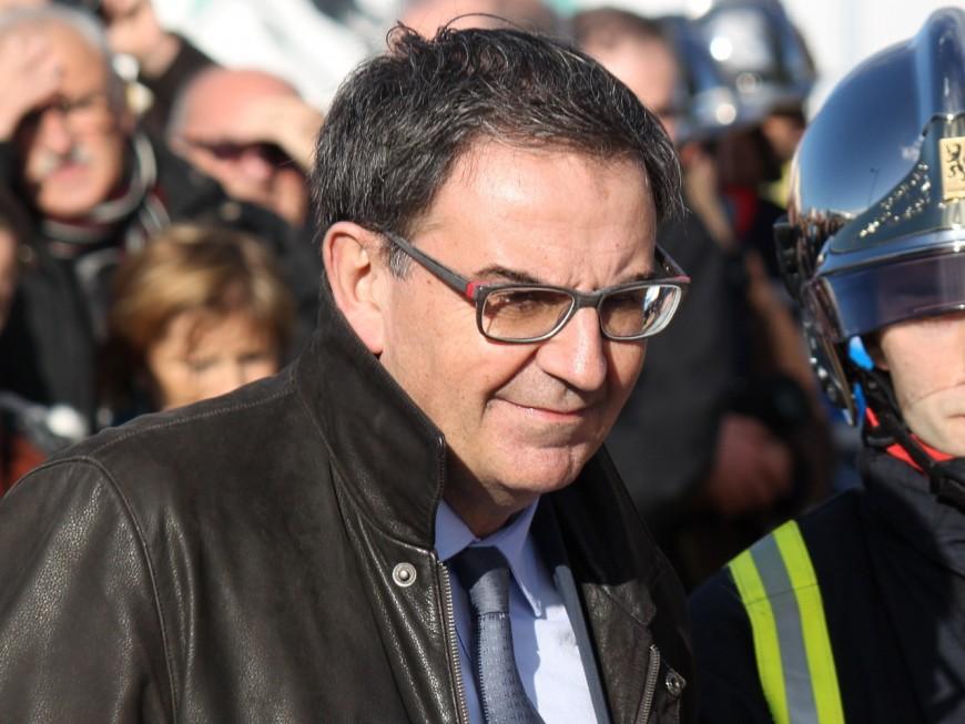 Soutien de Macron, Kimelfeld ne peut pas rester patron du PS du Rhône selon Blein, Bret et Crozon