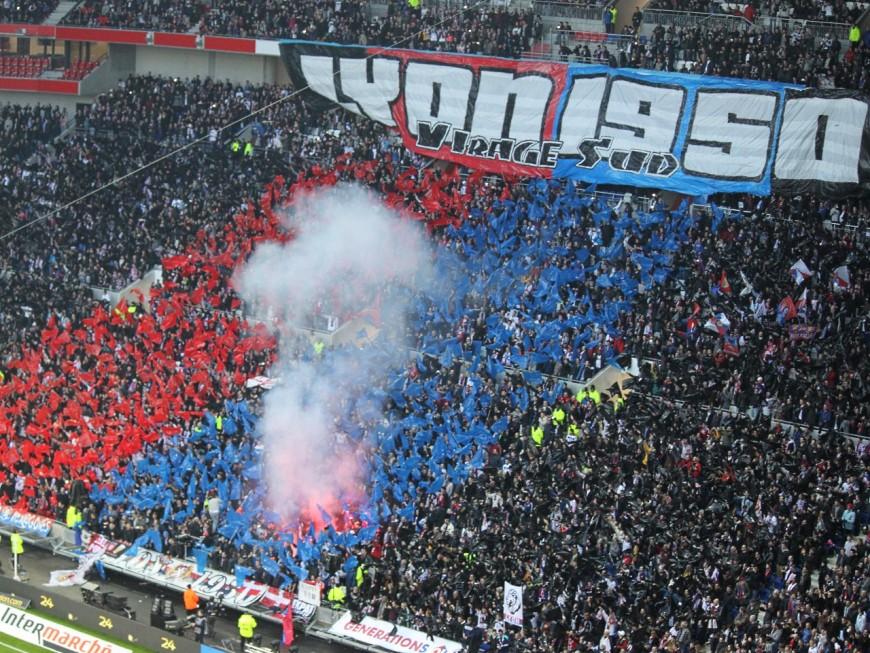 Jets de pétards à Caen : les supporters de l'OL interpellés privés de stade pendant 6 mois