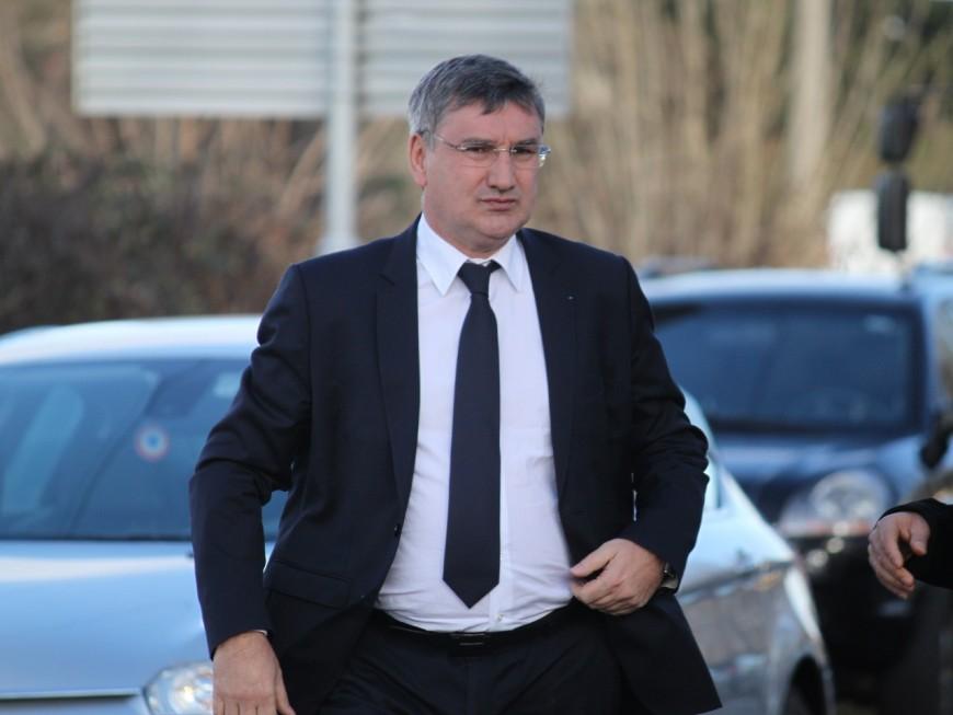 Guilloteau (Rhône) et 45 autres présidents de Départements soutiennent Fillon
