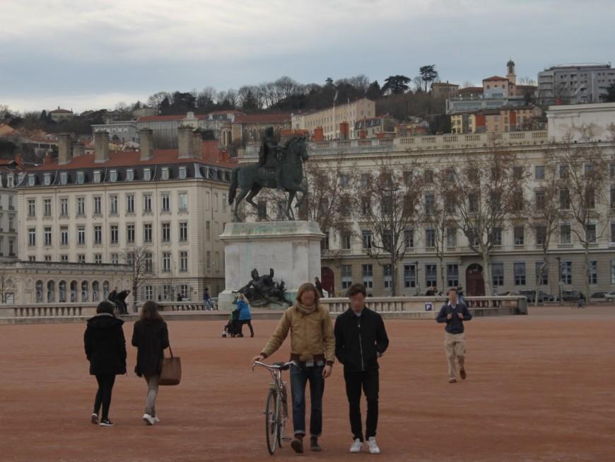 Plus d'un cadre parisien sur deux prêt à tout quitter pour Lyon
