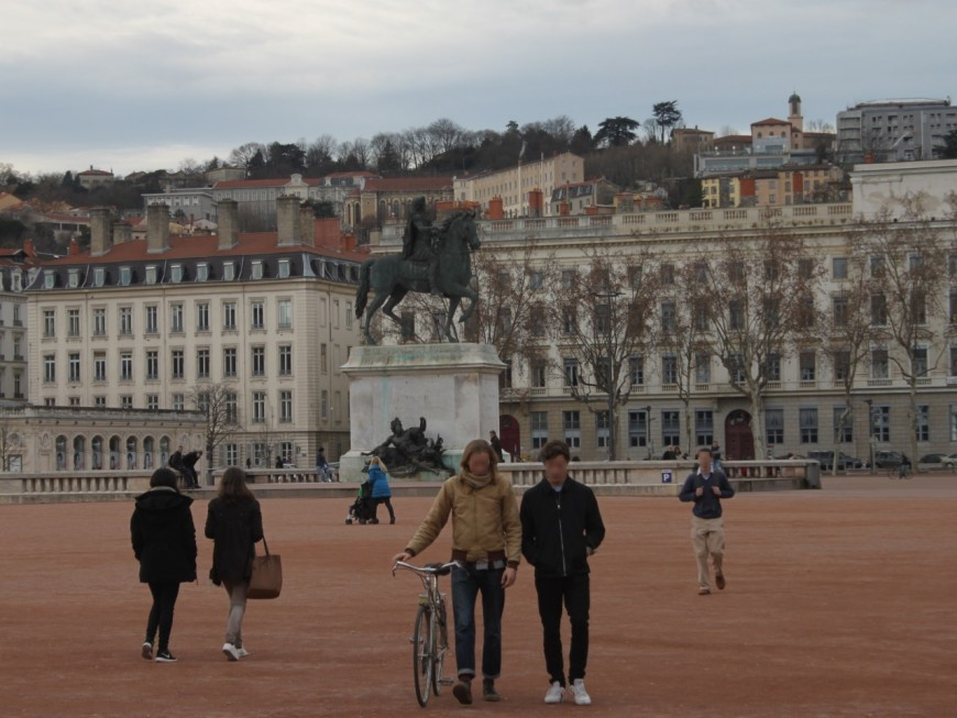 Nouvel An : et si les bonnes résolutions n'avaient plus le vent en poupe à Lyon ?