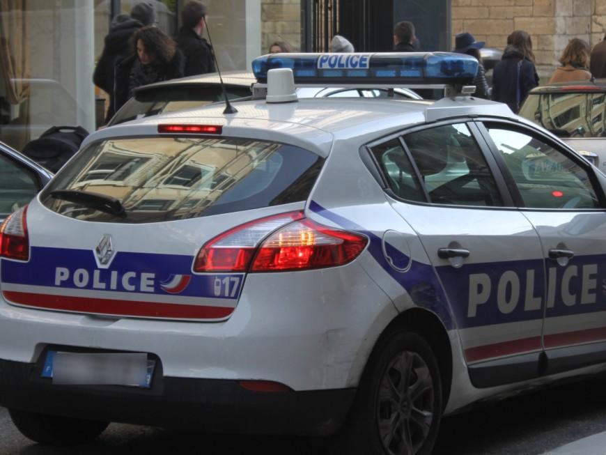 Lyon : saoule, elle renverse deux piétons