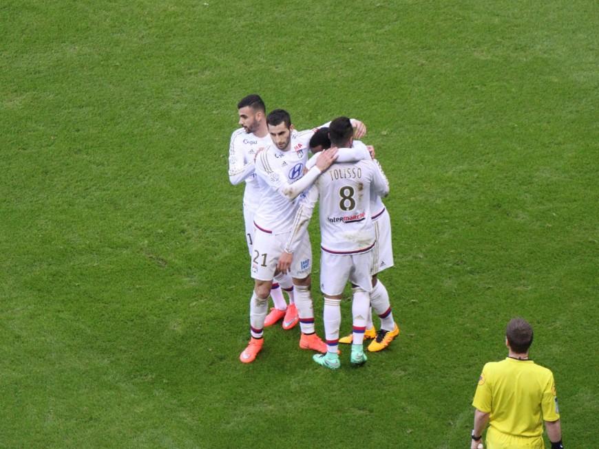L'OL provisoirement deuxième après sa victoire à Montpellier (0-2) - VIDEO