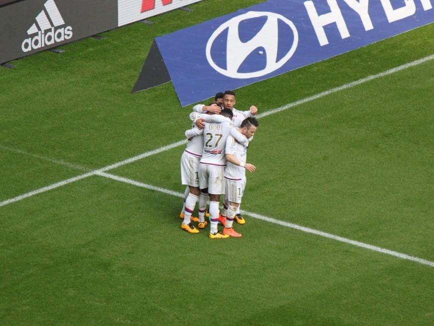 L'OL et Lacazette poursuivent leur bon début de championnat face à Caen (2-0) - VIDEO