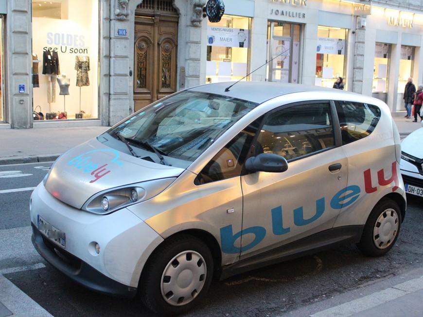 Autopartage à Lyon : Bluely augmente une nouvelle fois ses tarifs