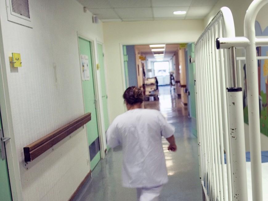 Des petites voitures pour distraire les enfants hospitalisés à l'HFME de Bron