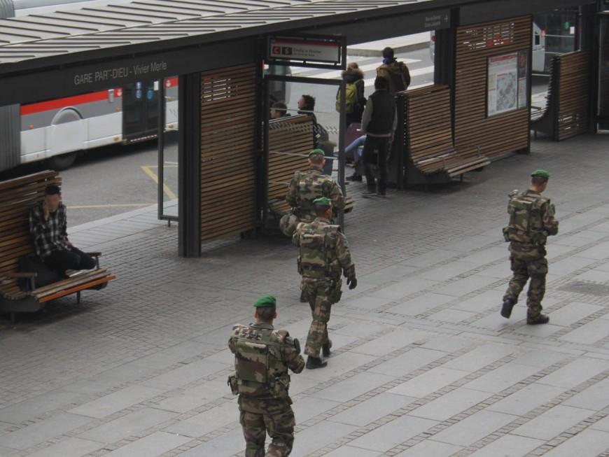 Projet d'attentat à la Part-Dieu : l'homme interpellé téléguidé par l'Etat Islamique ?