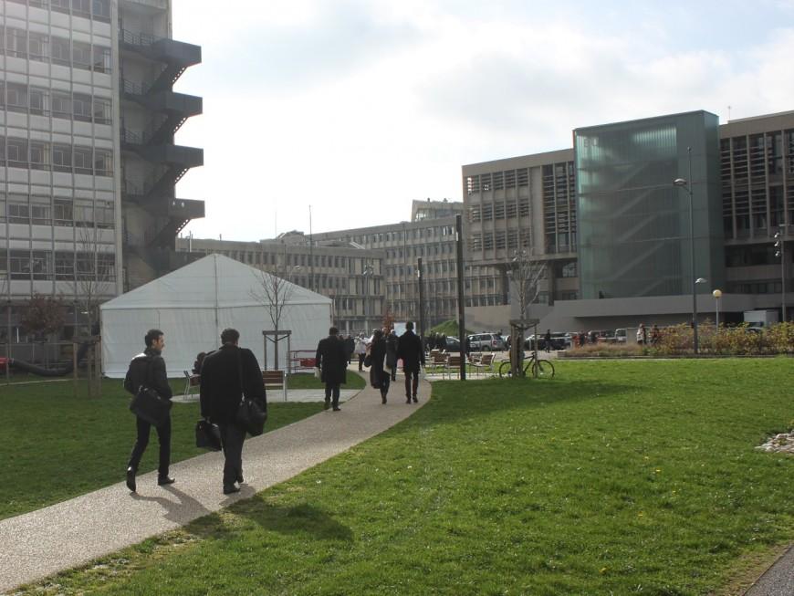 Université Lyon 1 face au Covid-19 : 10 millions d'euros débloqués, des tests proposés aux étudiants