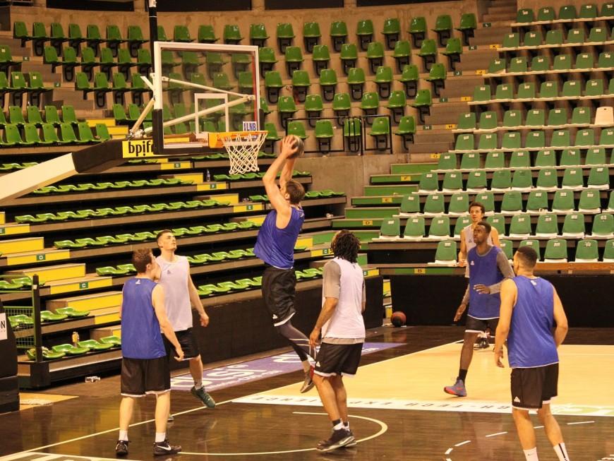 Villeurbanne : des écoliers vont affronter les joueurs de l'ASVEL