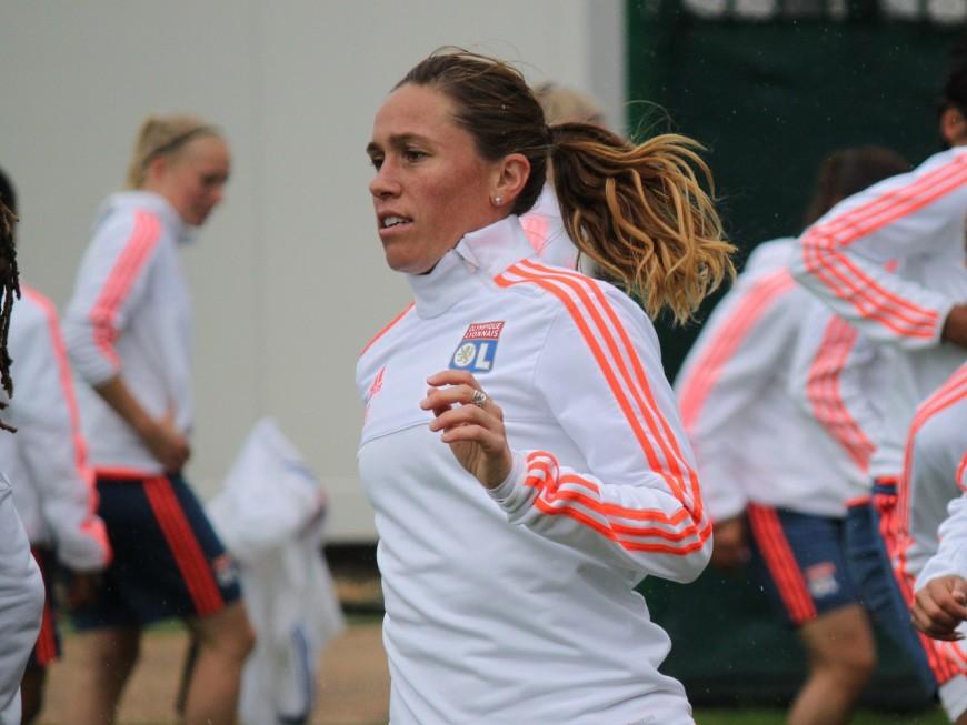 Dix joueuses de l'OL féminin avec l'équipe de France