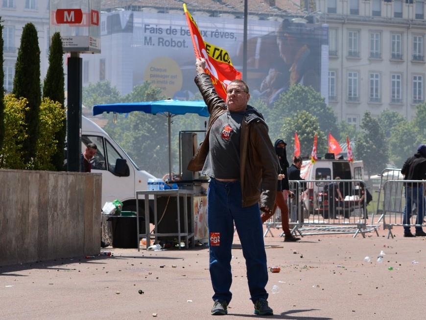 """Manifestations du 1er mai : """"une lutte populaire, sociale et révolutionnaire"""" à Lyon"""