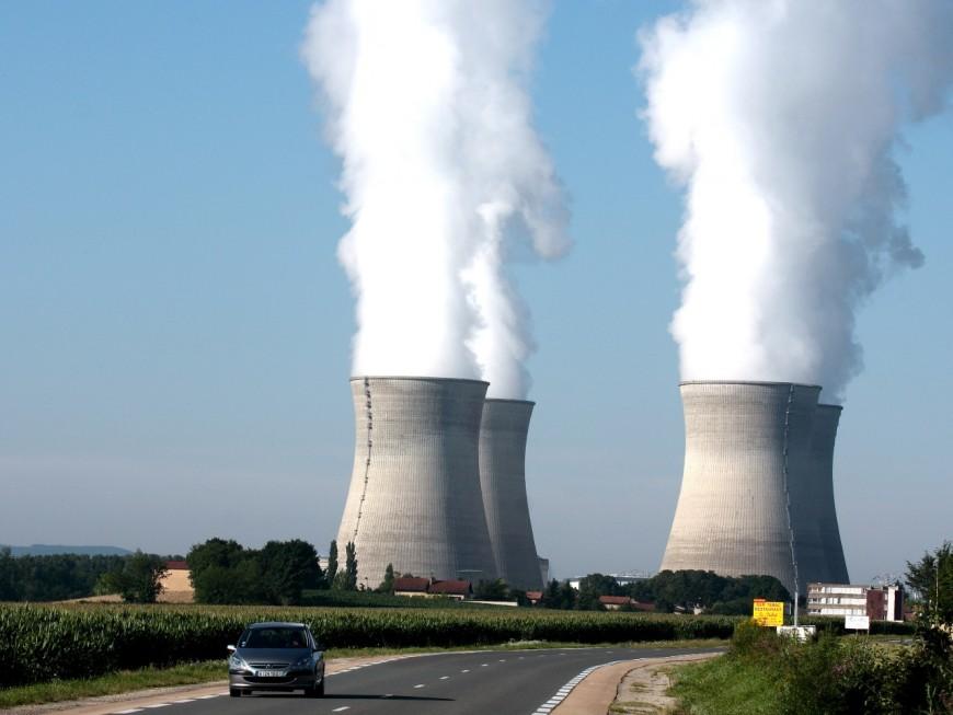 Déchets nucléaires : Greenpeace se mobilise à Lyon