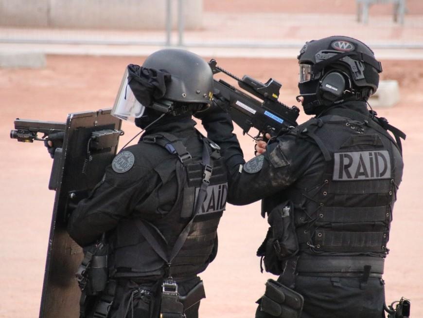 Corbas : un membre de l'ultra-gauche arrêté avant une possible attaque contre des policiers