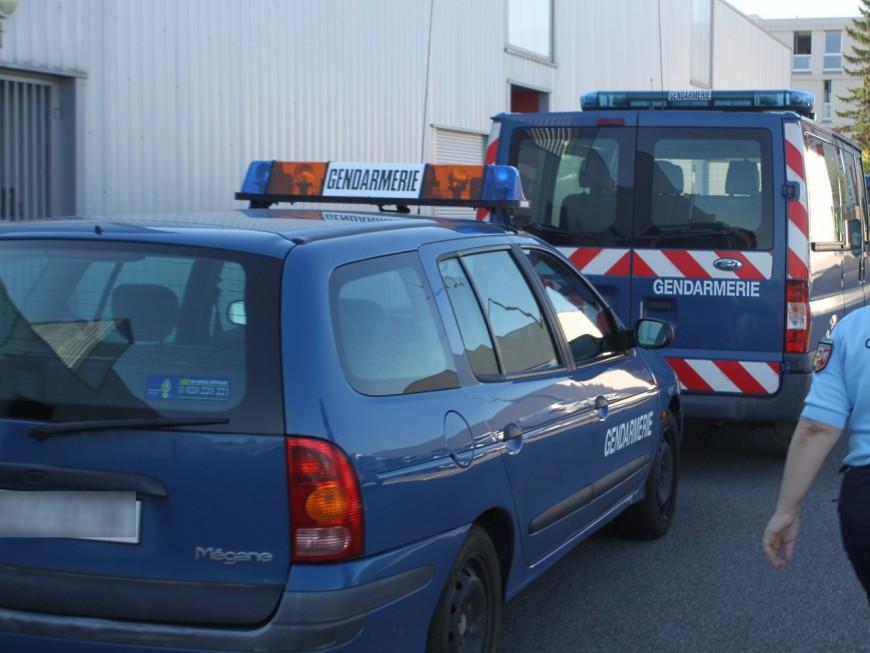 Rhône: ils braquent un camion transportant des cigarettes à Genas