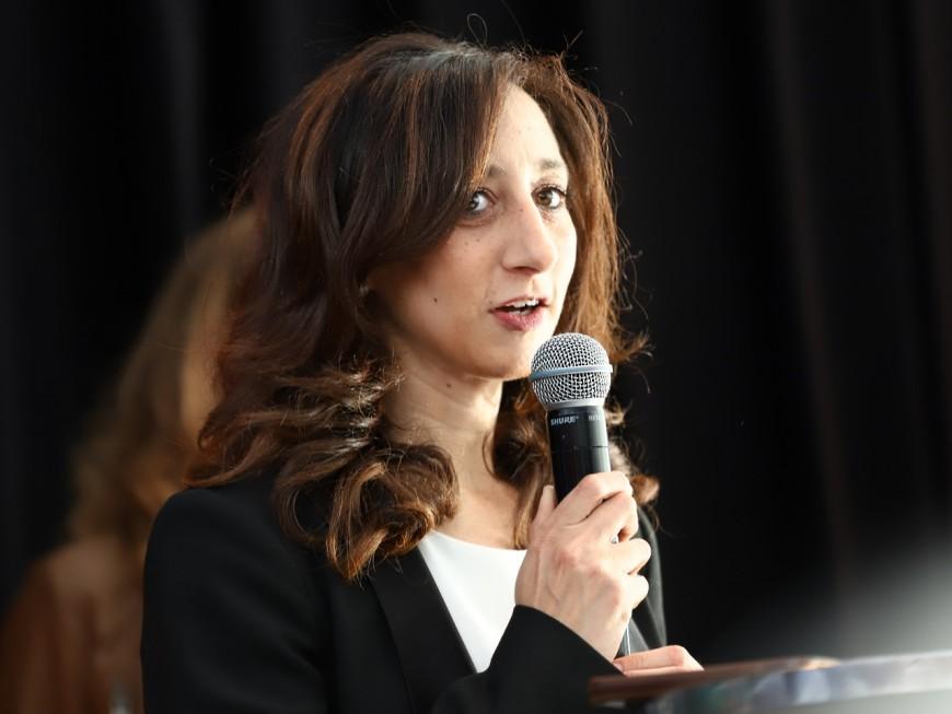 """La députée LREM Anissa Khedher reporte une réunion publique pour """"ne pas mobiliser nos forces de l'ordre"""""""