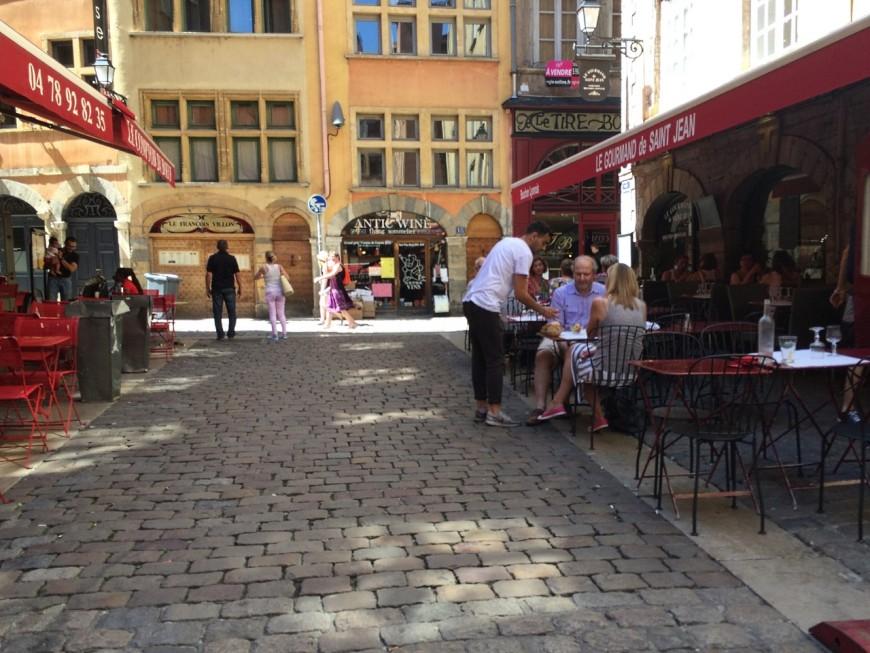 Déconfinement : tous les commerces rouvriront le 11 mai à Lyon, sauf les restaurants et les cafés