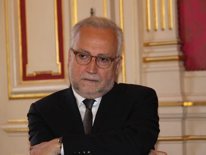 De nouveaux élus de Lyon, dont Jean-Yves Sécheresse, rejoignent Emmanuel Macron