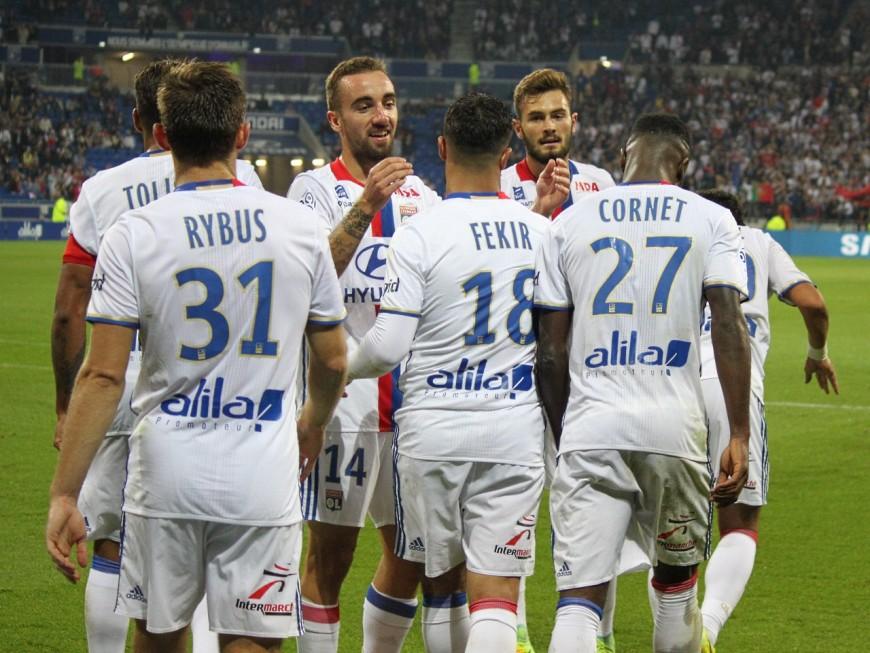 L'OL, réaliste, l'emporte à Angers (1-2) mais craint une grave blessure de Tolisso