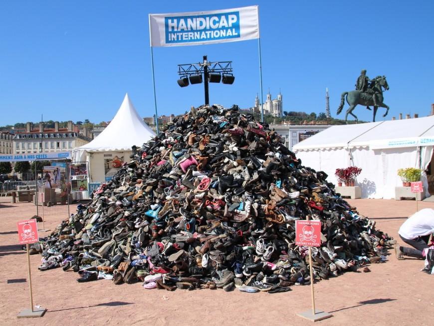 Lyon : la 23e Pyramide de chaussures va s'ériger sur la place Bellecour