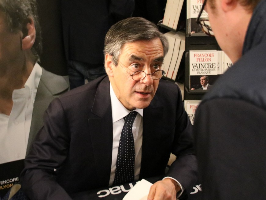 François Fillon veut se faire un film en VF à Rillieux avant son meeting à Eurexpo