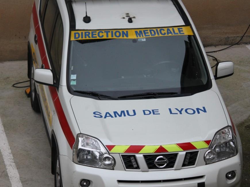 Saint-Priest : dans un état grave après une chute à moto