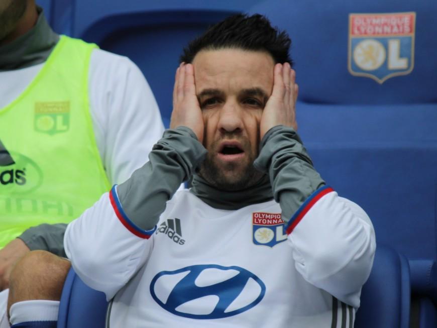 Mathieu Valbuena annonce son départ pour la Turquie… mais se trompe de drapeau
