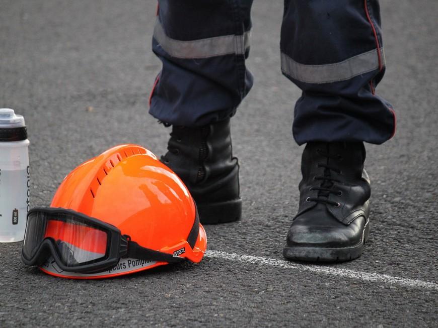 Villeurbanne : une quarantaine de pompiers déployés pour éteindre le feu d'un parking souterrain