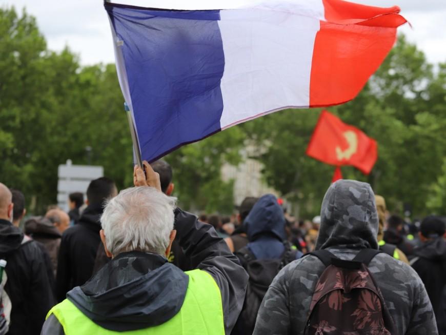 Une petite centaine de Gilets Jaunes ont manifesté dans le calme à Lyon
