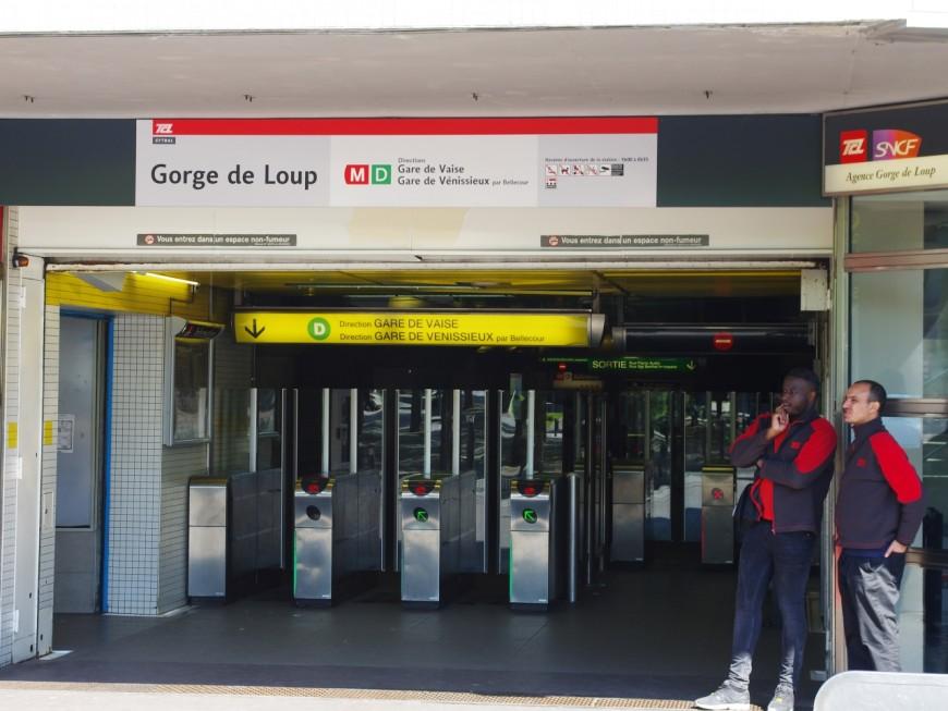"""Lyon : le voleur de portable dans le métro courait parce qu'il était """"en retard"""""""
