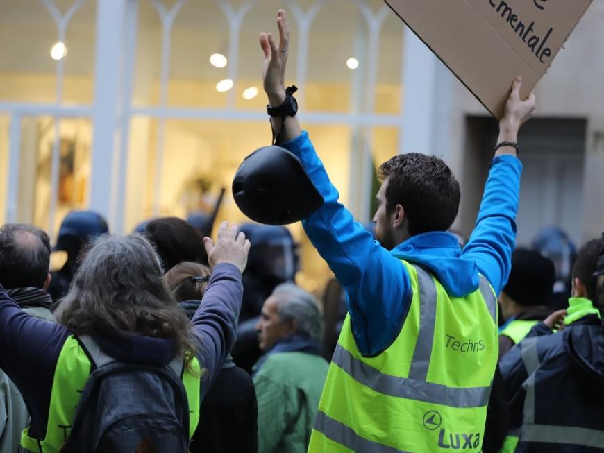 Lyon : deux bloqueurs du Black Friday présentés au parquet