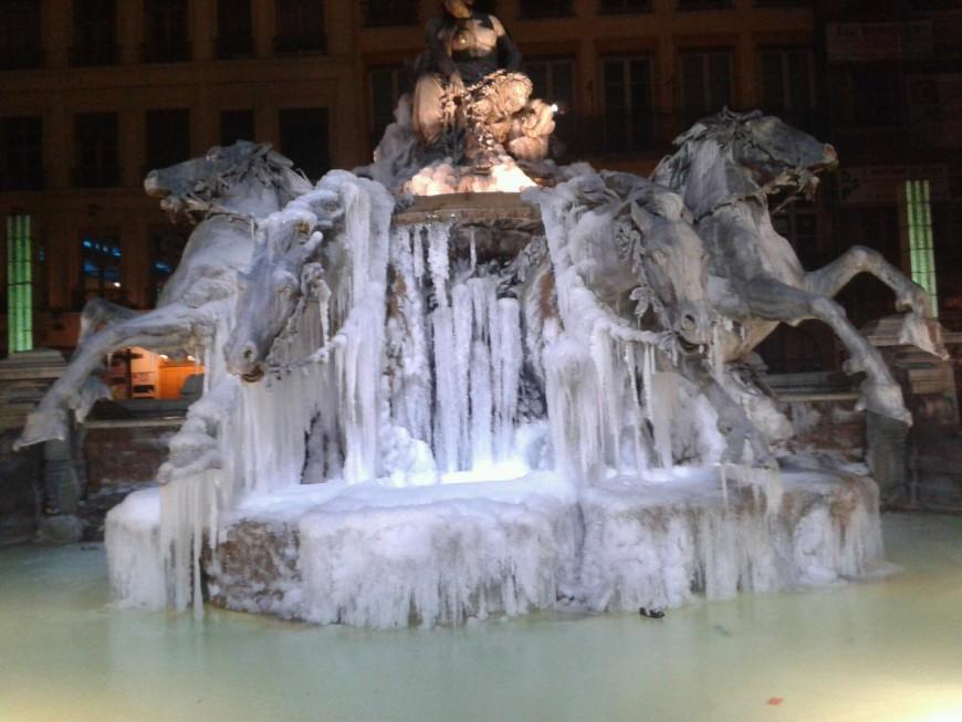 Les chevaux de Bartholdi pris dans la glace