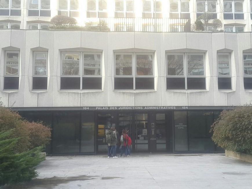 Les migrants de Lyon 2 jouent leur sort au Tribunal Administratif