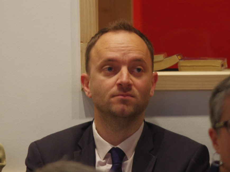 Elu député du Rhône, Thomas Gassilloud (LREM) va quitter sa mairie et la présidence de sa société