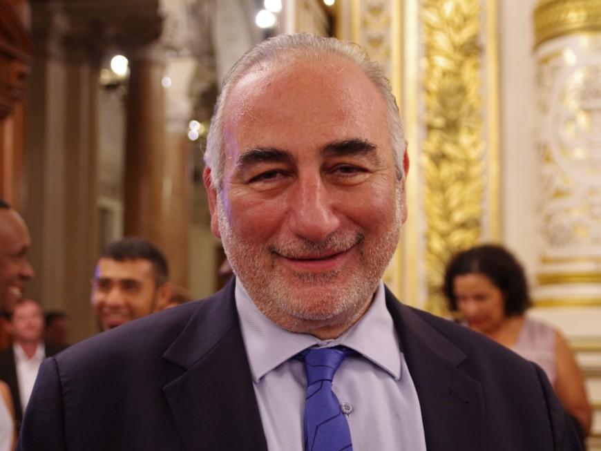 Qui est docteur Képénékian, mister Képé, le nouveau maire de Lyon ?