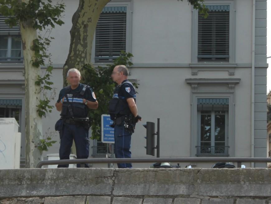 Un simple contrôle d'identité : les policiers découvrent 310 000 €