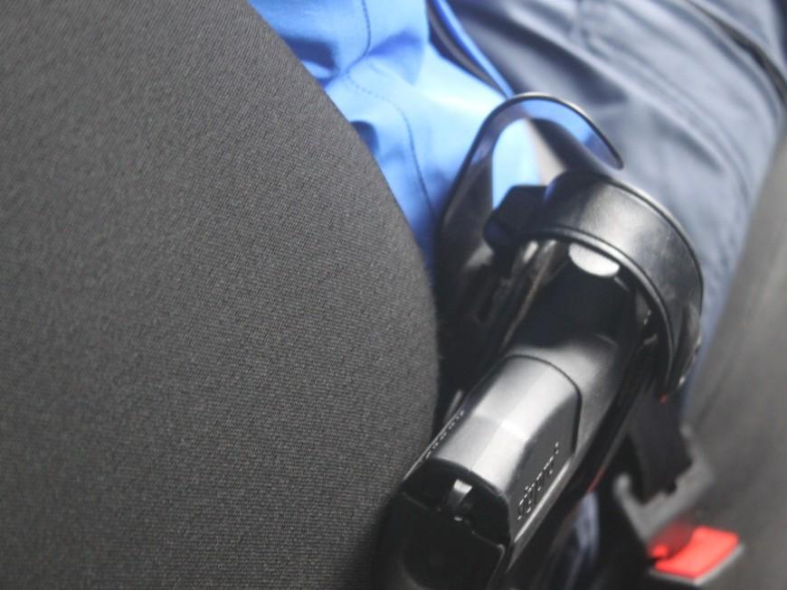 Fusillades à Vaulx-en-Velin : la police municipale équipée d'armes létales dès cet été