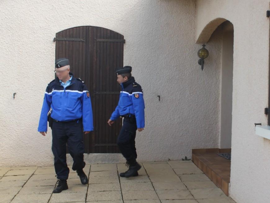 Beaujolais : il danse devant les gendarmes puis se retranche avec sa famille