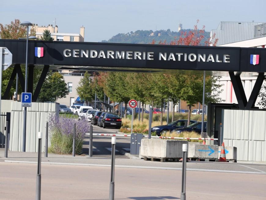 Un gendarme se suicide près de Lyon