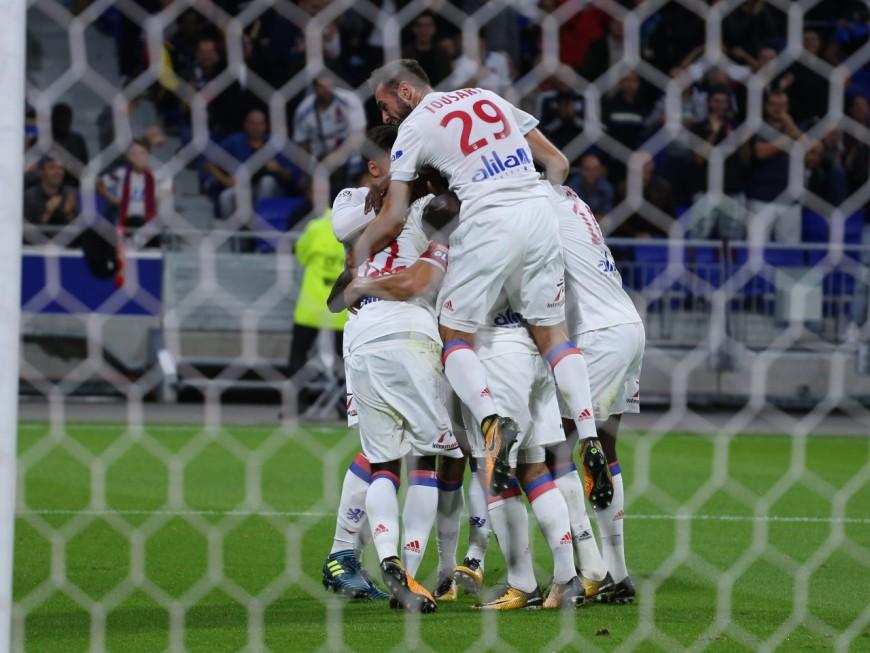 Everton/OL : Lyon bousculé, frappé mais au bout victorieux (1-2)