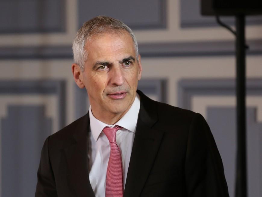 Le député du Rhône Jean-Luc Fugit veut rendre obligatoire le port du masque dans les magasins alimentaires