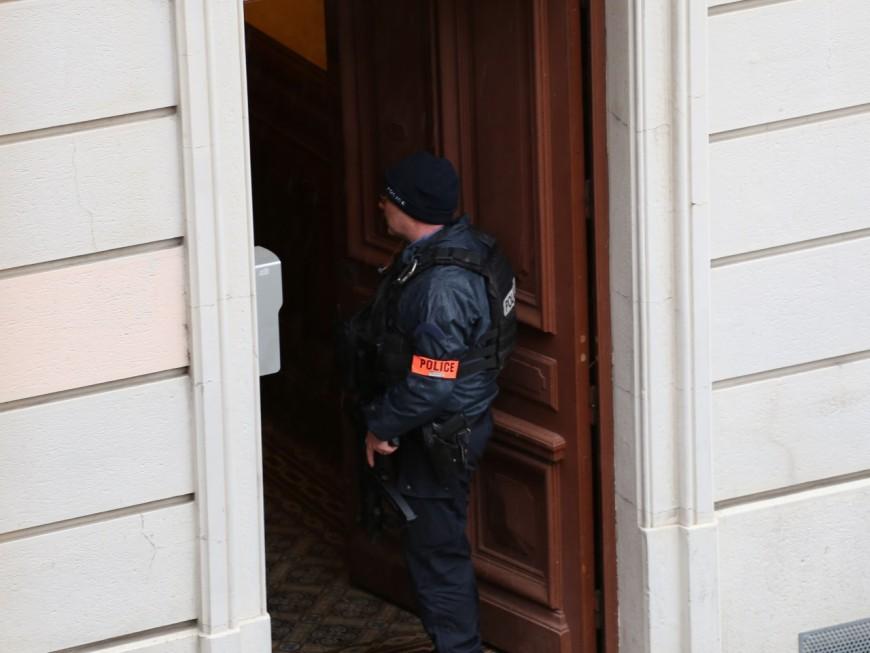Tueur en burqa : la police judiciaire de Toulouse enquête à Lyon