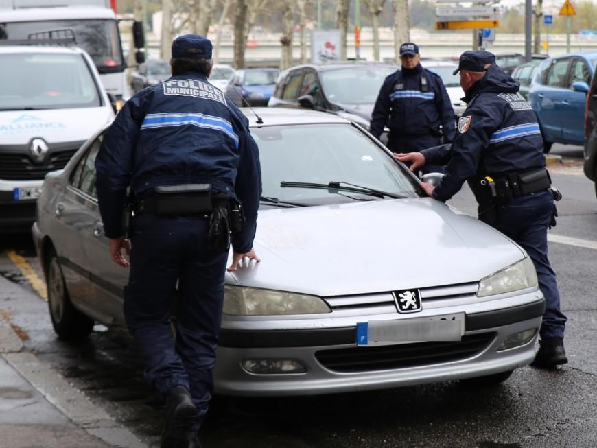 Près de Lyon: ivre lors d'un contrôle routier, elle mord une policière