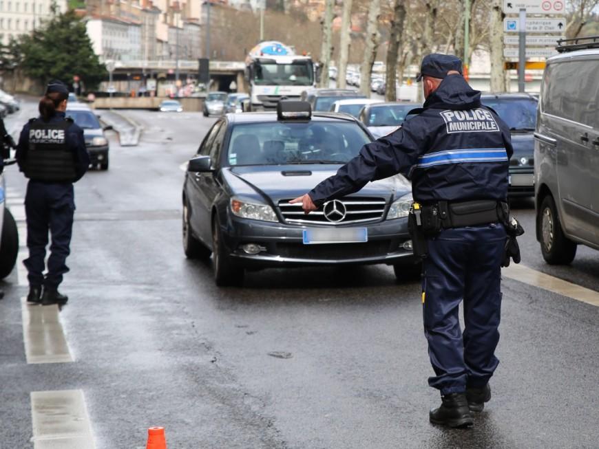 Lyon 7e : un automobiliste arrêté en possession de dizaines de cachets d'ecstasy