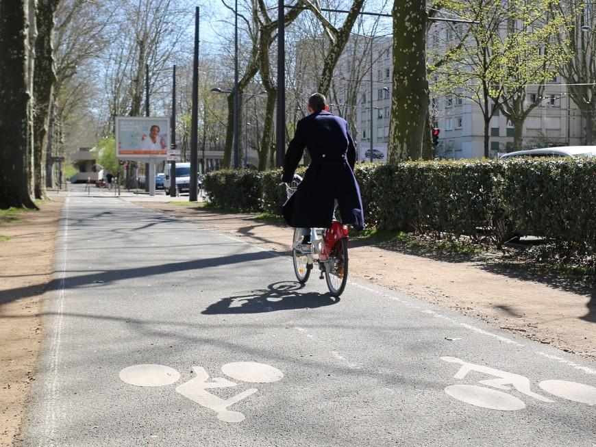 Lyon : le policier réquisitionne un vélo pour poursuivre un pickpocket