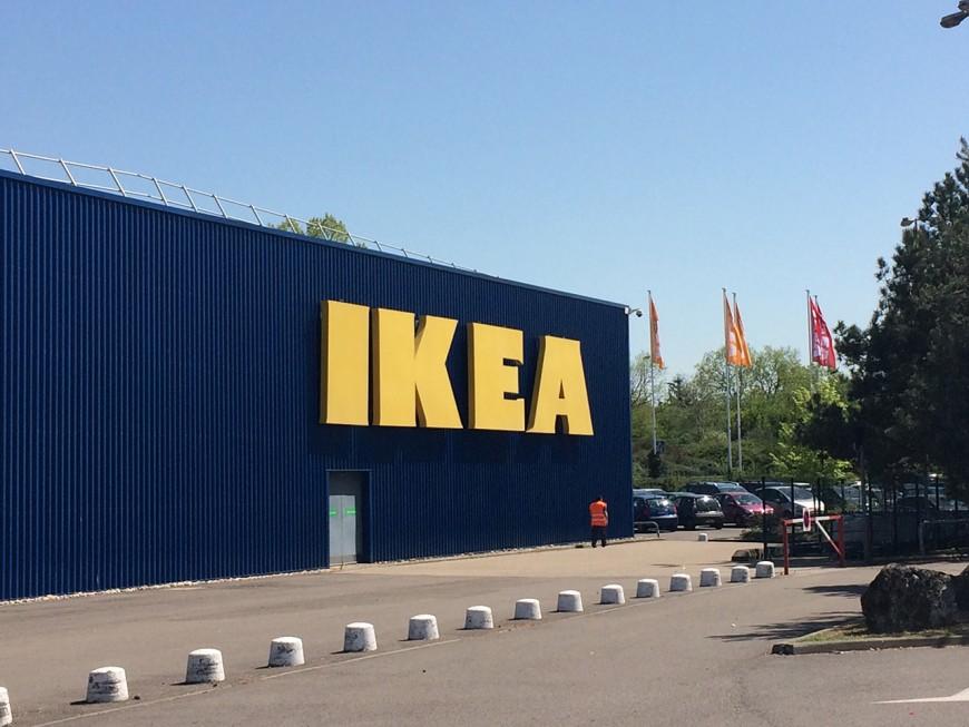 Arrêtées à Ikea Saint-Priest après avoir changé les codes-barres des articles