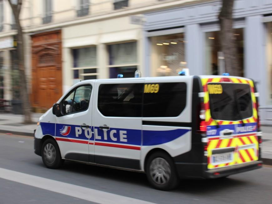 Lyon : le cambrioleur d'un entrepôt oublie son téléphone sur place