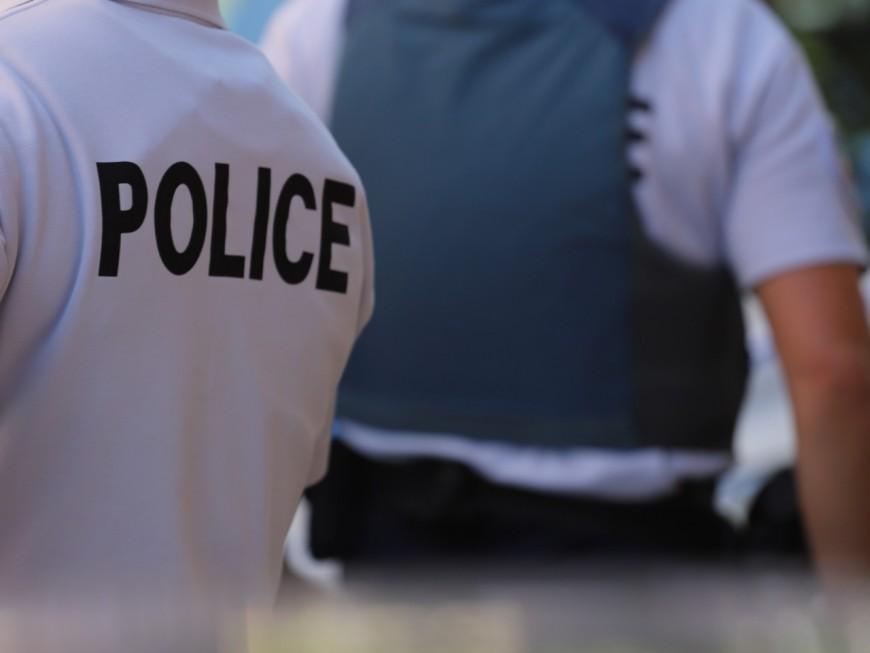 Lyon : pour voler un téléphone, elle projette une bouteille sur sa victime