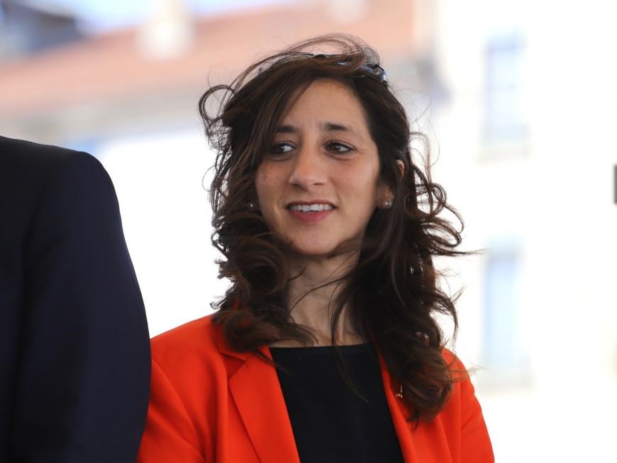 """Collomb et son """"oeuvre rassemblatrice"""" : la députée Anissa Khedher à nouveau moquée par l'opposition"""