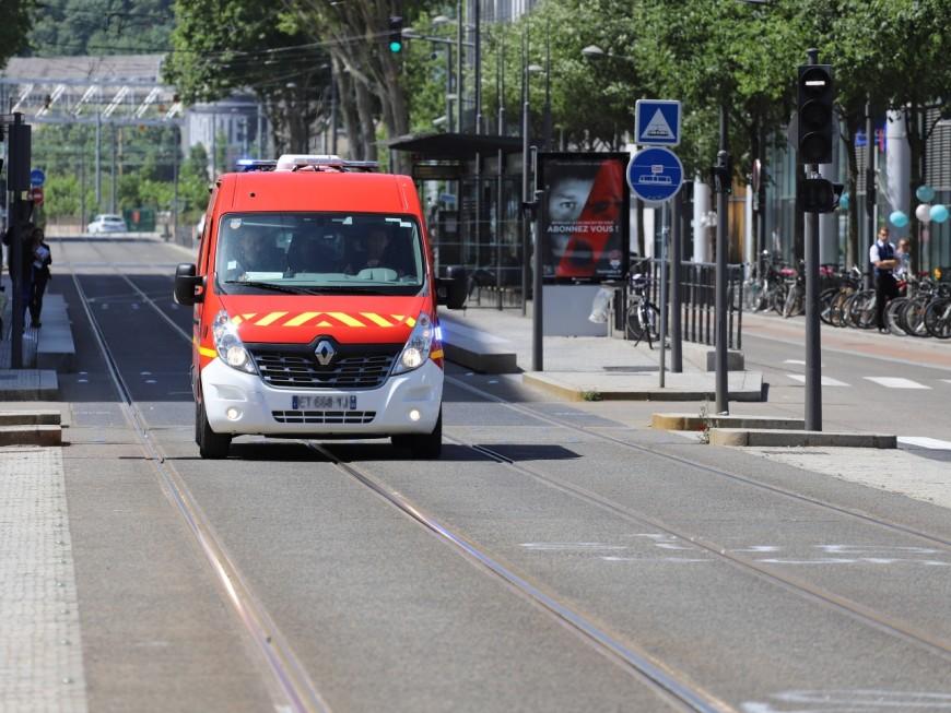 Lyon : poignardée après ses courses, son ex-compagnon interpellé