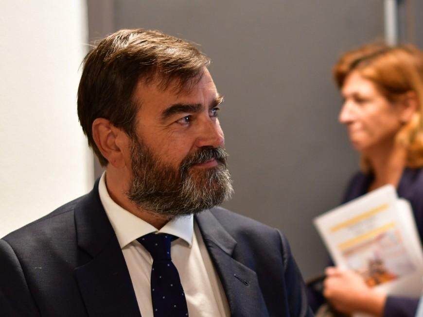 Collomb candidat à la Métropole : l'un de ses adjoints se désolidarise